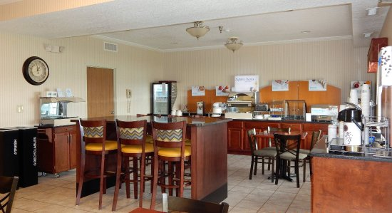 Celina, Огайо: Breakfast Bar