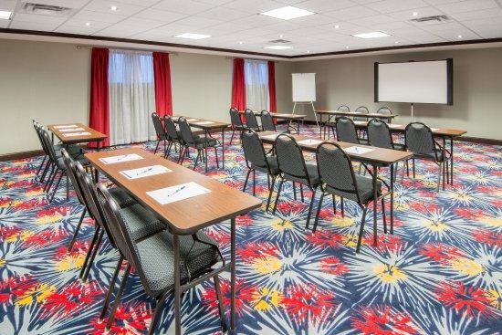 Брук-Парк, Огайо: Meeting Room