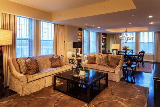 Mandarin Oriental, Washington DC: Jefferson Suite LR