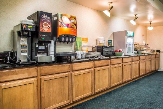 Chambersburg, PA: Breakfast Area