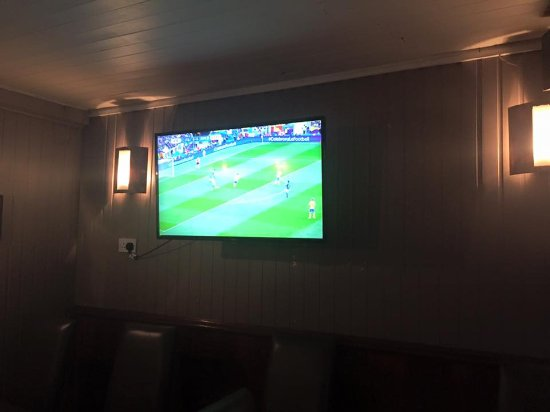 Delvin, Irlandia: Watch major sports events on our two big screens