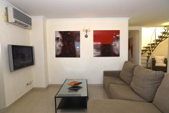 Maurici Park: Salón apartamento 2 hab. superior