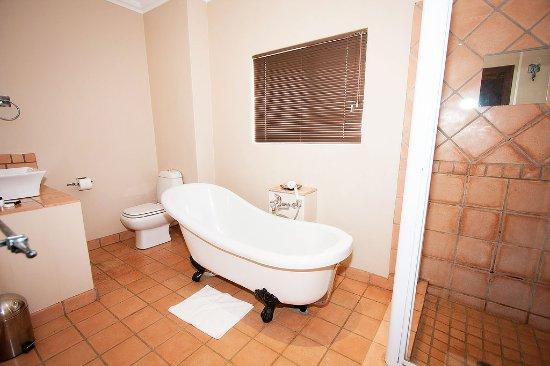 Kimberley, South Africa: Family room - bathroom