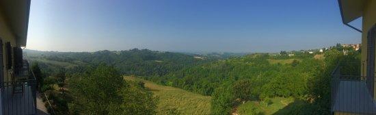 Murazzano, Italia: Fenomenaal uitzicht