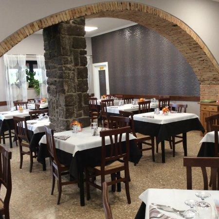 Castel Giorgio, Italia: Sala interna
