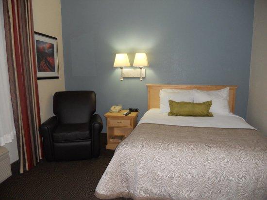 Candlewood Suites Austin-Round Rock: Studio Queen Bed Guest Room