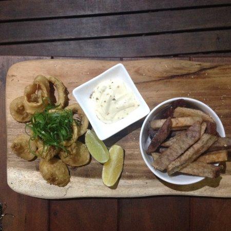 Koko's Bar: Calamari rings as an appetizer with dalo fries and tartar sauce