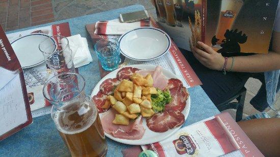 Mentana, Itália: 20160713_200803_large.jpg