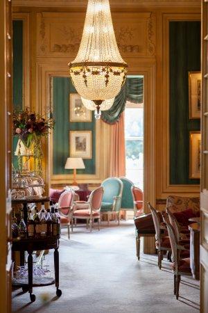 L'Atrium Lobby Bar