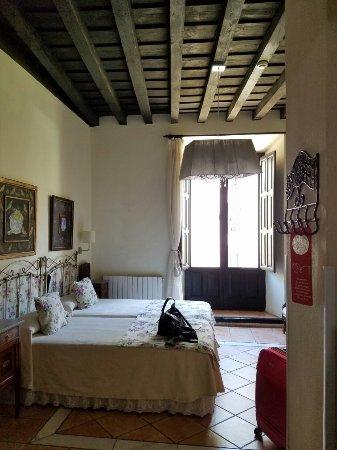 Hotel Zaguan del Darro : Photo of lobby, inside room, and views