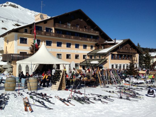 Restaurant Salastrains: Skiing