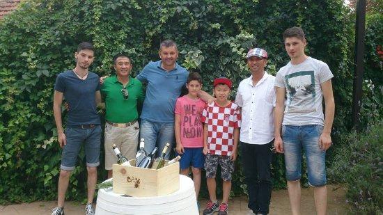 Citluk, Bosnien-Herzegovina: wine tourists