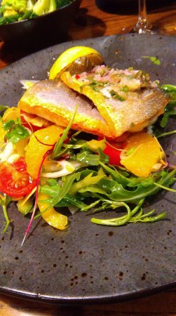 Gloucester City, Нью-Джерси: Fillet of seabass with orange & cherry tomato salad