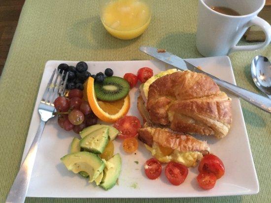 The Chadwick Bed & Breakfast: photo3.jpg
