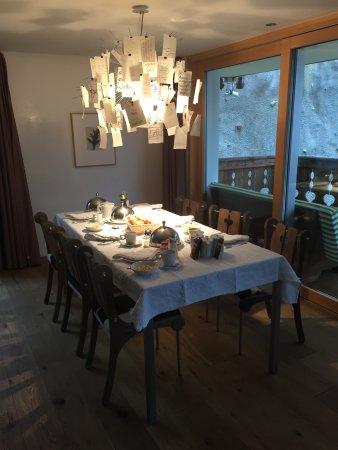 Hotel Firefly: Our breakfast spread