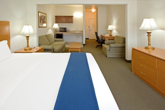 Columbus, Teksas: Suite