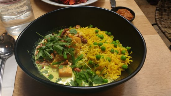 Mildreds: sri lankan sweet potato and green bean curry with roasted lime cashews, pea basmati rice and coc