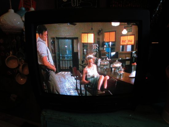 "Juliette, GA: ""Fired Green Tomatoes"" movie plays in Whistle Stop Cafe as you eat"