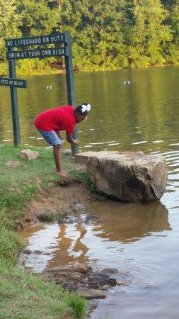 ออเบิร์น, อลาบาม่า: Chewacla State Park swimming area