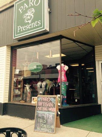 PARO Presents Gift Shop