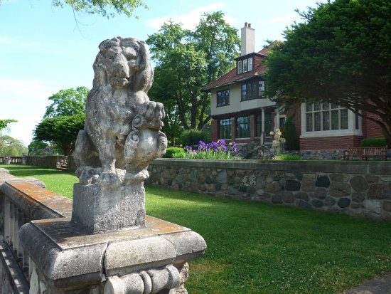 Bloomfield Hills, MI: Cranbrook House and Gardens