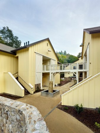 Forestville, CA: Exterior