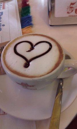 caffè macchiato col cuore