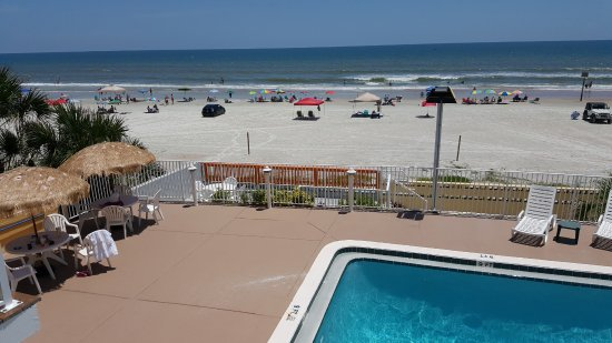 OceanFront Inn and Suites: Hard to beat the view!