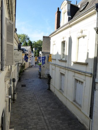 Hotel de Biencourt: Côté rue