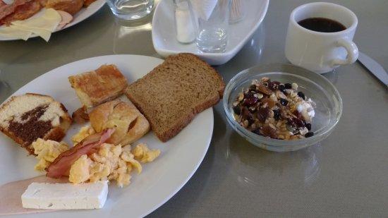 Kronos Hotel: Café da manhã