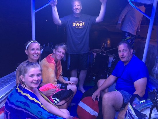 Pelagic Ventures: Getting ready for our night dive. It was unbelievable!