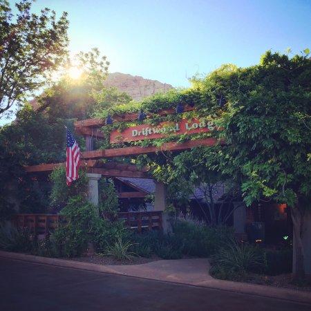 Zdjęcie Driftwood Lodge