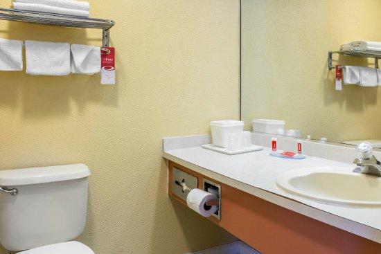 Absecon, نيو جيرسي: Bathroom
