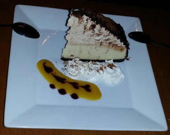 Bobcaygeon, Canada : Bailey's cheesecake...light in texture and full in flavour