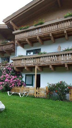 Gartenhotel  Daxer: 20160709_195146_large.jpg