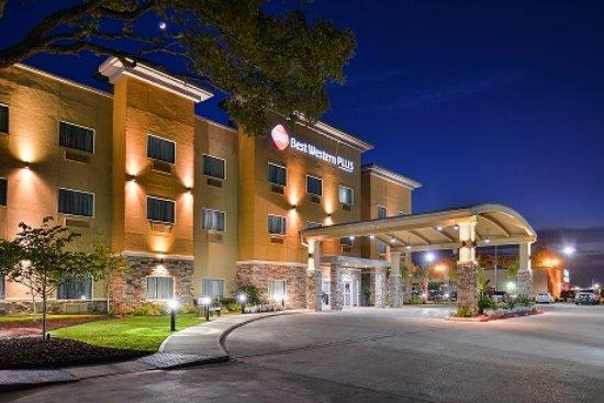 Lake Jackson, تكساس: Best Western PLUS Lake Jackson Inn & Suites