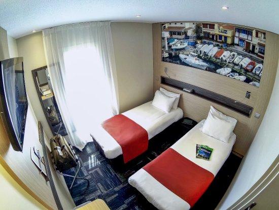 comfort hotel marseille airport vitrolles frankrig hotel anmeldelser sammenligning af. Black Bedroom Furniture Sets. Home Design Ideas