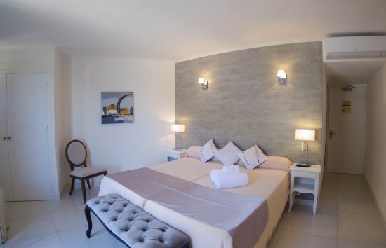 Photo of Hotel Le Golfe Porto Porto-Ota