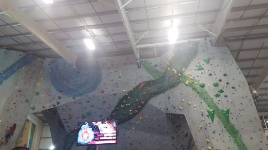 Glastonbury, CT: Climbing wall