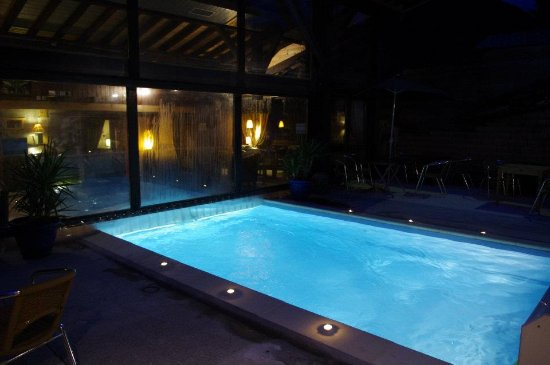 Chalet hotel la chaumiere updated 2018 reviews price for Piscine morzine