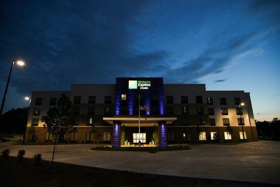Monroe, NC: Hotel Feature