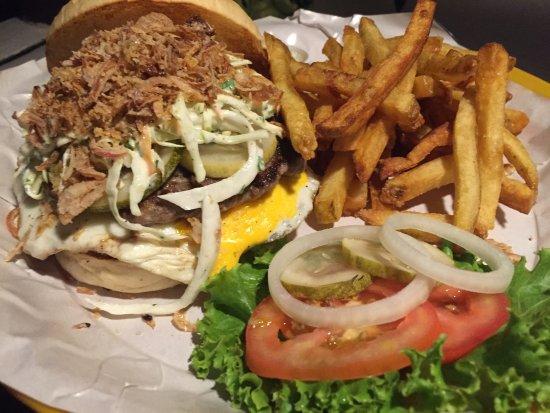 Crave Restaurant & Lounge: photo2.jpg