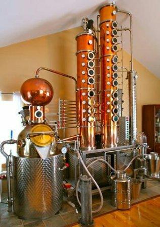 Hearst, Canada : Rheault Distillery