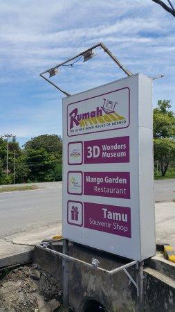 Tamparuli, Malezja: Sign Board