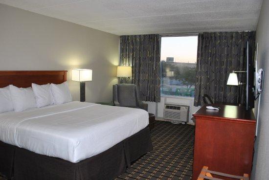 Hastings, NE: King room