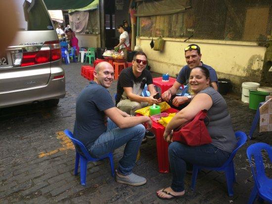 Bogyoke Aung San Market: Streetfood