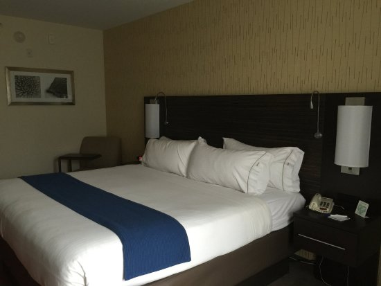 Bradford, PA: King Bed Guest Room