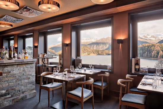 Engadin St. Moritz, Suiza: Mulo's Restaurant/Bar St.Moritz