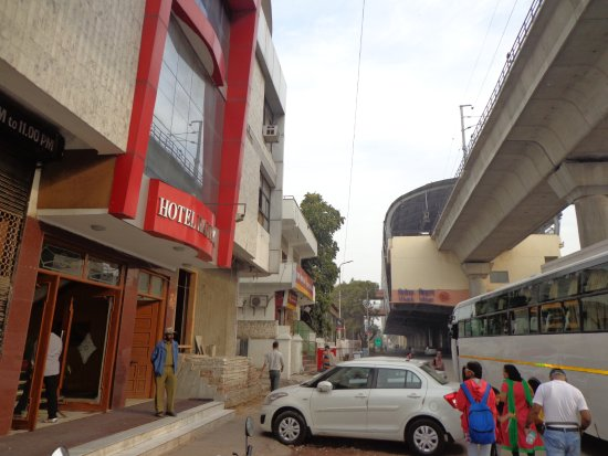 Hotel Raj Plaza Photo