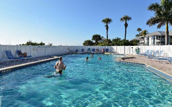 Plácida, FL: Beach Villas Pool